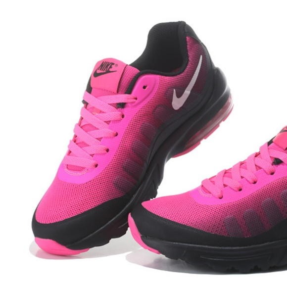 Women's Nike Air Max Invigor Print Running Shoes